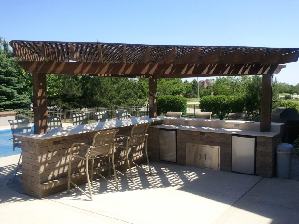 Outdoor Bar designed by All Seasons Pools & Spas, Inc.