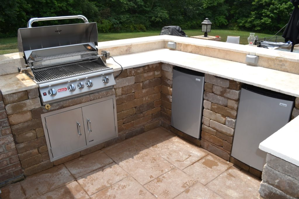 Custom Outdoor Bar or Kitchen designed by All Seasons Pools & Spas, Inc.
