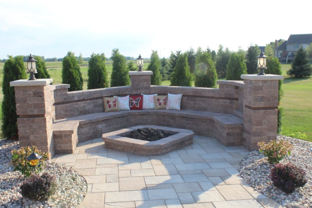 Custom outdoor firepit in Orland Park, IL
